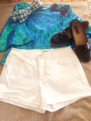 Sparkle Tee, Gingham Headband, Coco Rose Boutique Sunnies, White Denim Jeans, Steve Madden flats